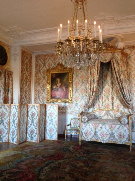 Princess' Bed Chamber Chateau Versailles