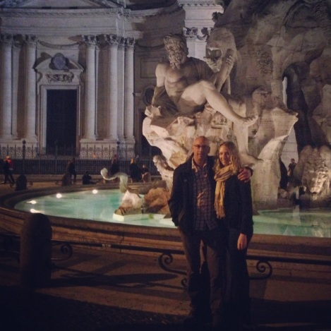 Papa & Daughta <3 infront of Fontana dei Quattro Fiumi